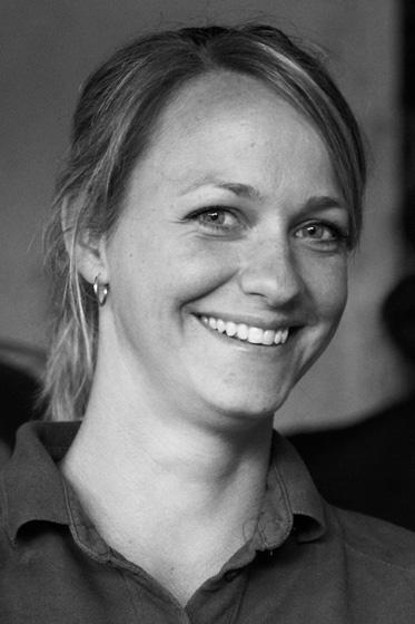 Nicole Glaser, Tierarzthelferin, Physiotherapeutin